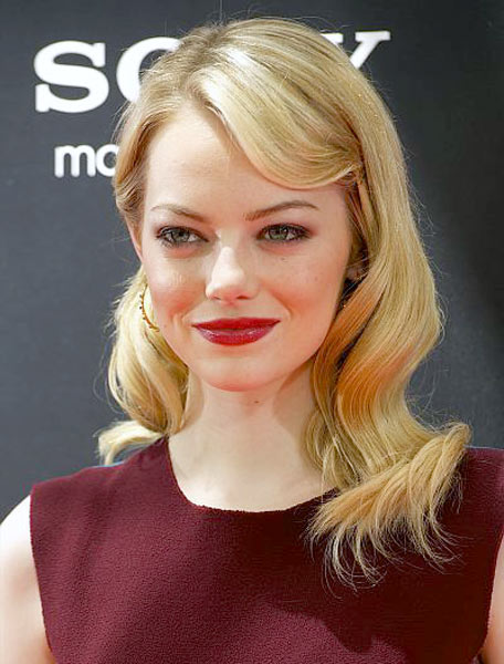 12_06_emma_stone_hair_news_2012_blonde_red