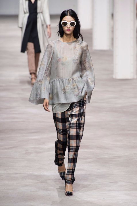 Dries-Van-Noten-Spring-2013CA9SVZ3F