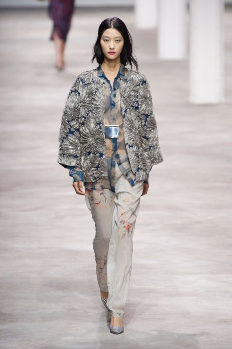 Dries-Van-Noten-Spring-2013CAIP0JF7