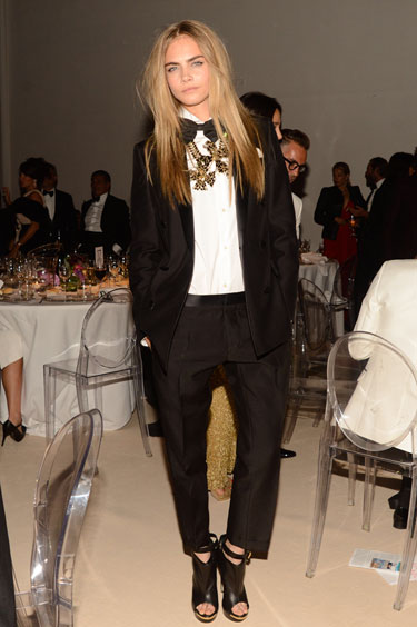 hbz-Holiday-Style-ideas-Cara-Delevingne-lgn