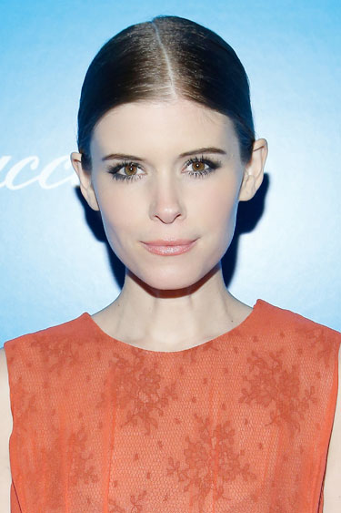 hbz-NYE-Beauty-Tricks-Kate-Mara-lgn