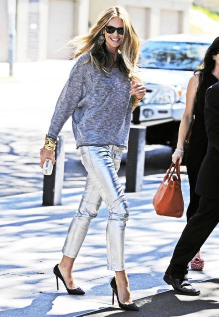 elle-macpherson-street-style-metalic-pants
