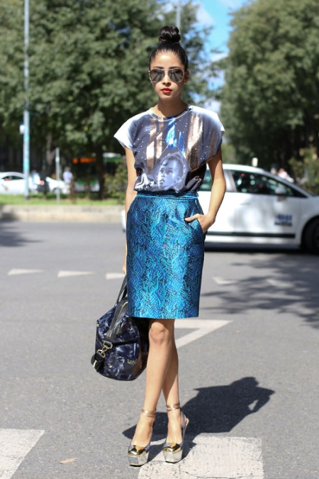 milan-fashion-week-street-style-metallic-blues-fashionologie