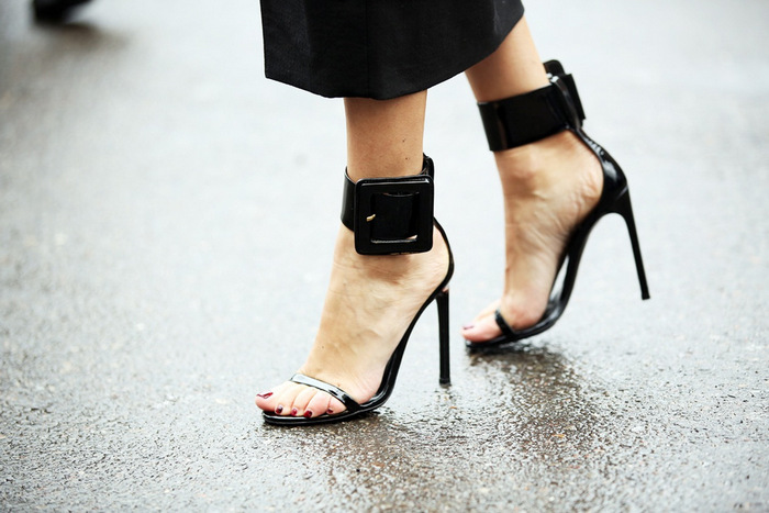 2013-MFW-black-big-buckle-heels