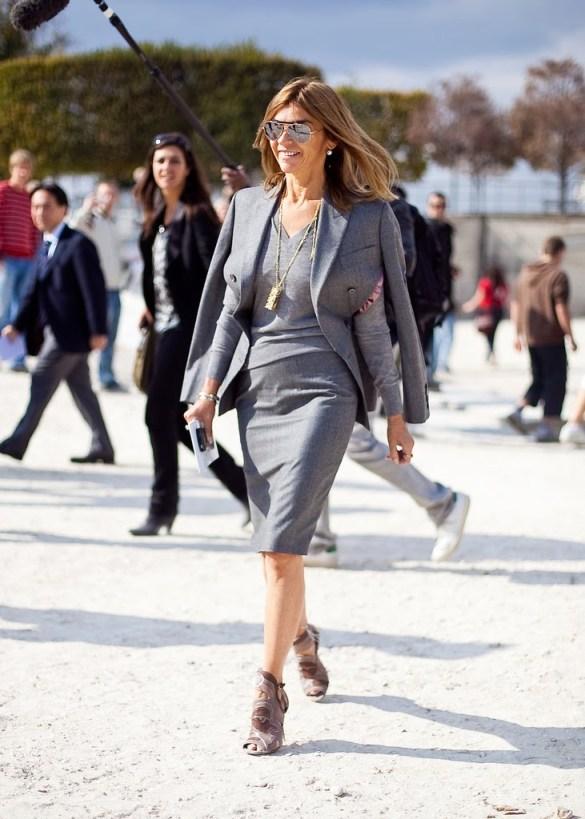 15_ Carine Roitfeld ALexander mcQueen Jacket while attending ss2010 Paris fashion week