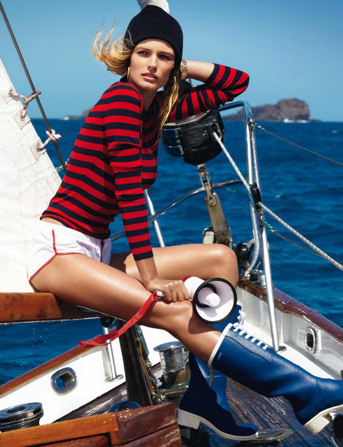 Vogue-Paris-May-2013-Edita-Vilkeviciute-by-Gilles-Bensimon-6