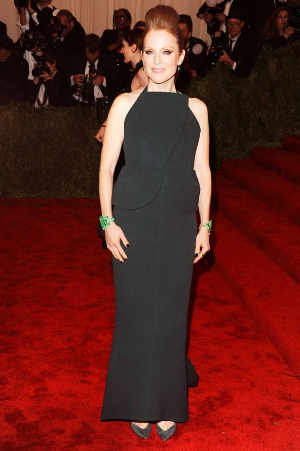 Julianne Moore por Balenciaga