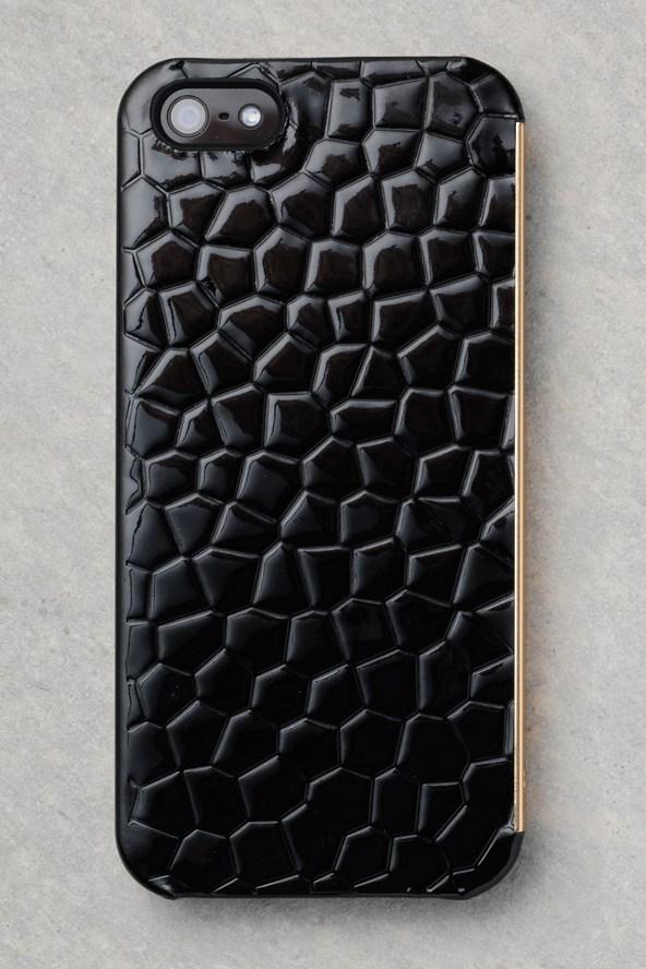Kate-Moss-Carphone-warehouse-5-Vogue-19Jul13_b_592x888