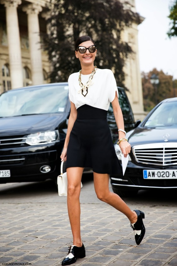 Paris_Fashion_Week_SS14-Street_Style-Say_Cheese-CollageVintage-Giovanna_Battaglia-Black_And_White-OXfords-
