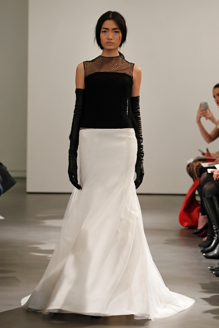 VW-Bride_SS14_runway_Look-14