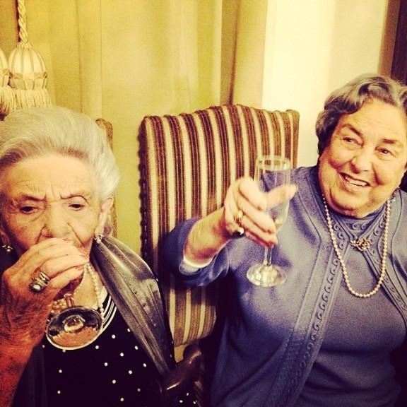 Tia Alvarina (99 anos, 100 em Maio) e Avó Manuela na festa dos seus 90 anos