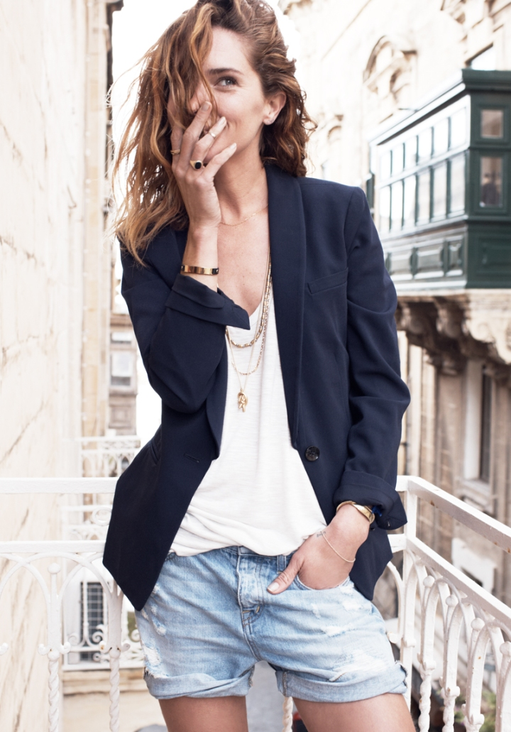 erin-wasson-in-malta-for-madewell-catalog-19