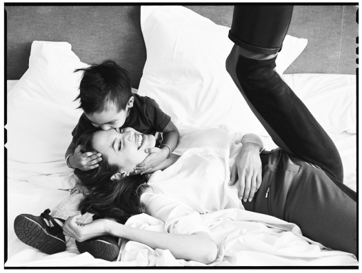 Annie Leibovitz - Angelina Jolie and son Maddox_Snapseed